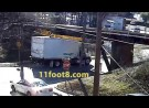 Boxtruck briefly stuck at the 11foot8 bridge