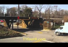 Boxtruck scrapes top at the 11foot8 bridge